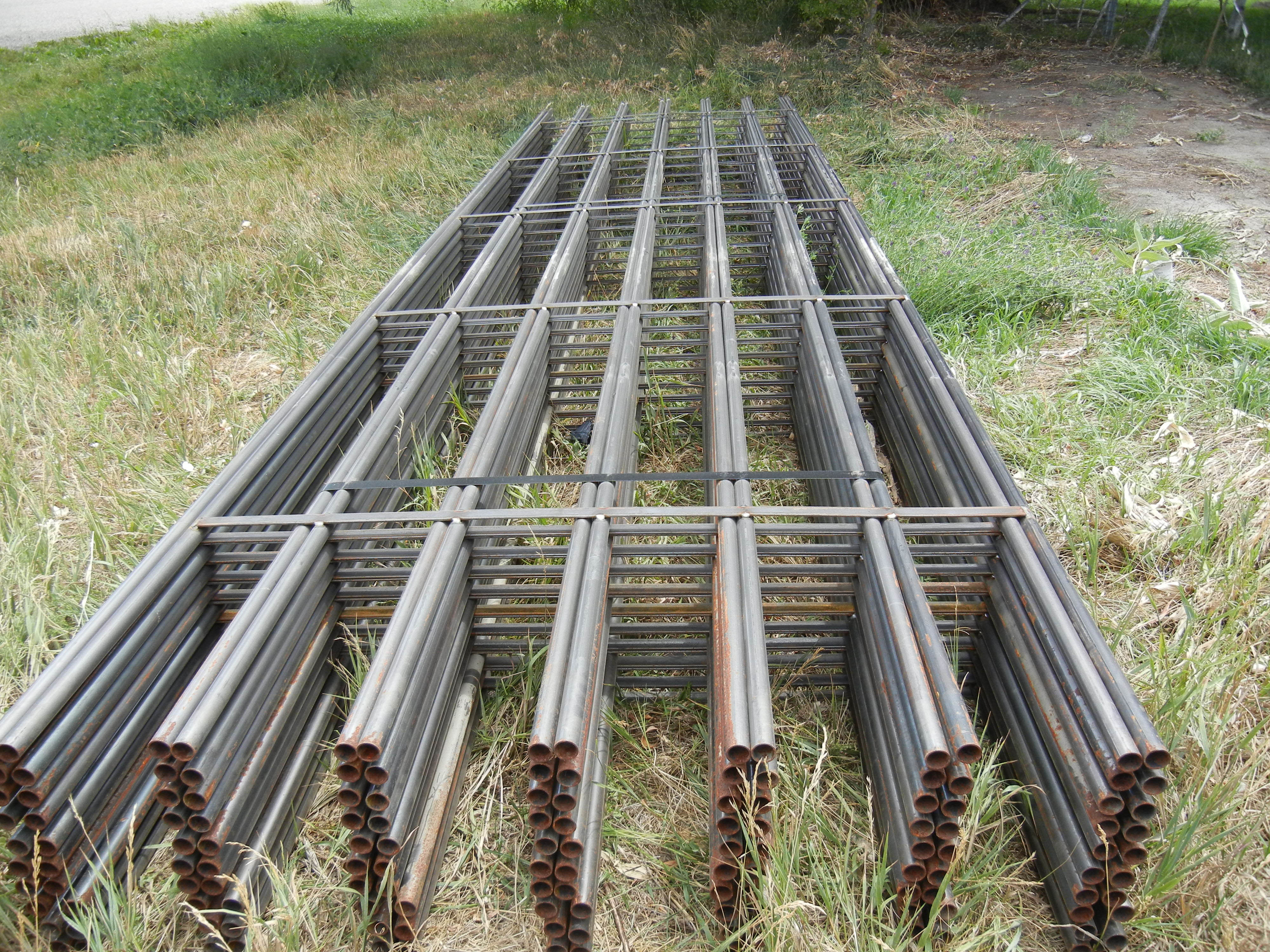 Continuous Pipe Fencing Fence Ideas Site
