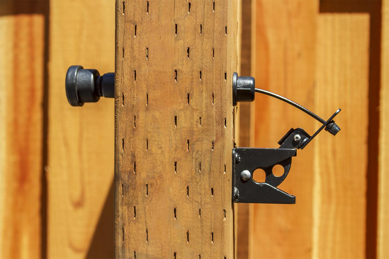 Double Fence Gate Latch Fence Ideas Build A Driveway Fence Gate regarding dimensions 1239 X 826
