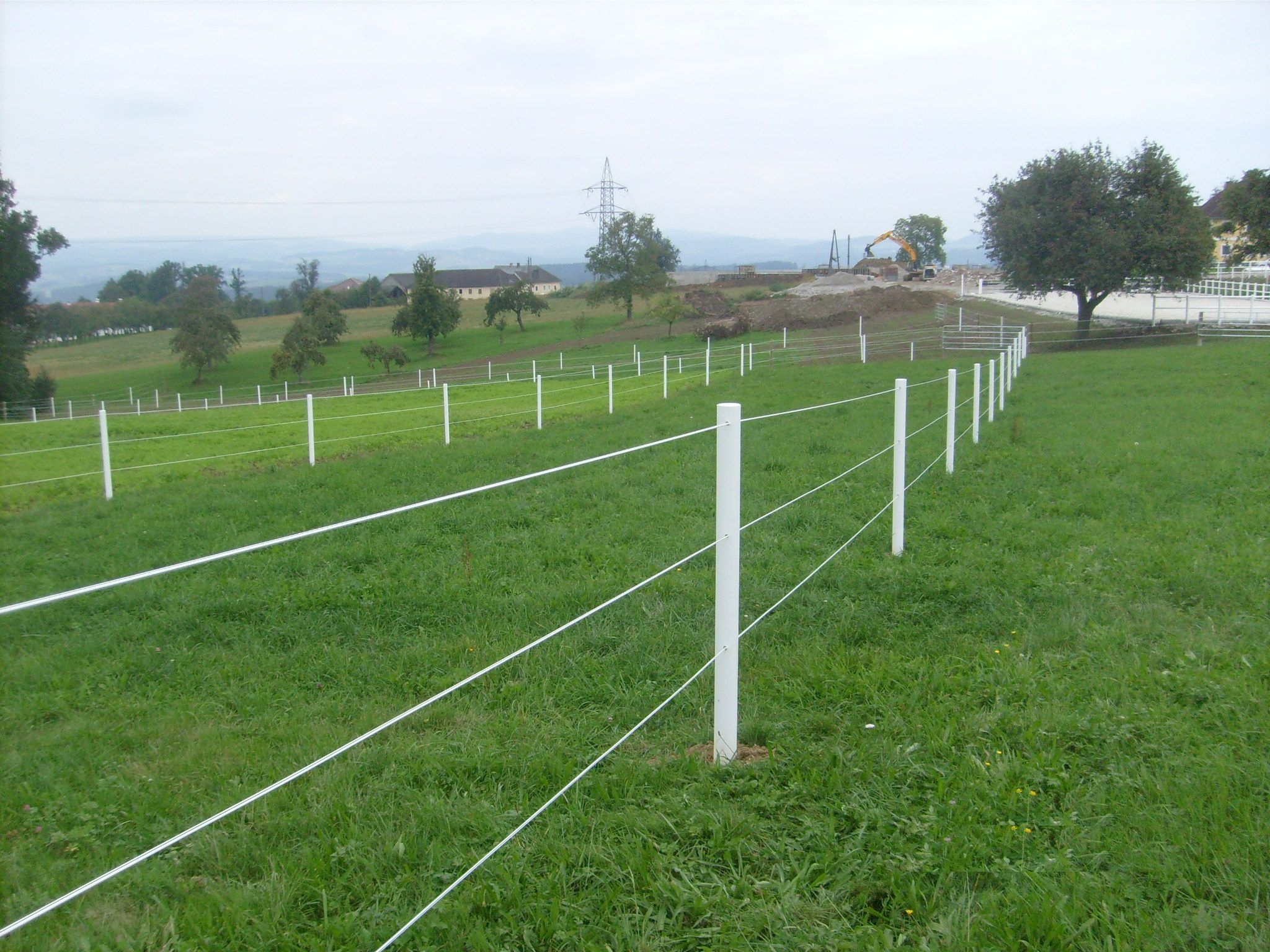 Electric Fence For Horses Voltage Fences Ideas with regard to size 2048 X 1536