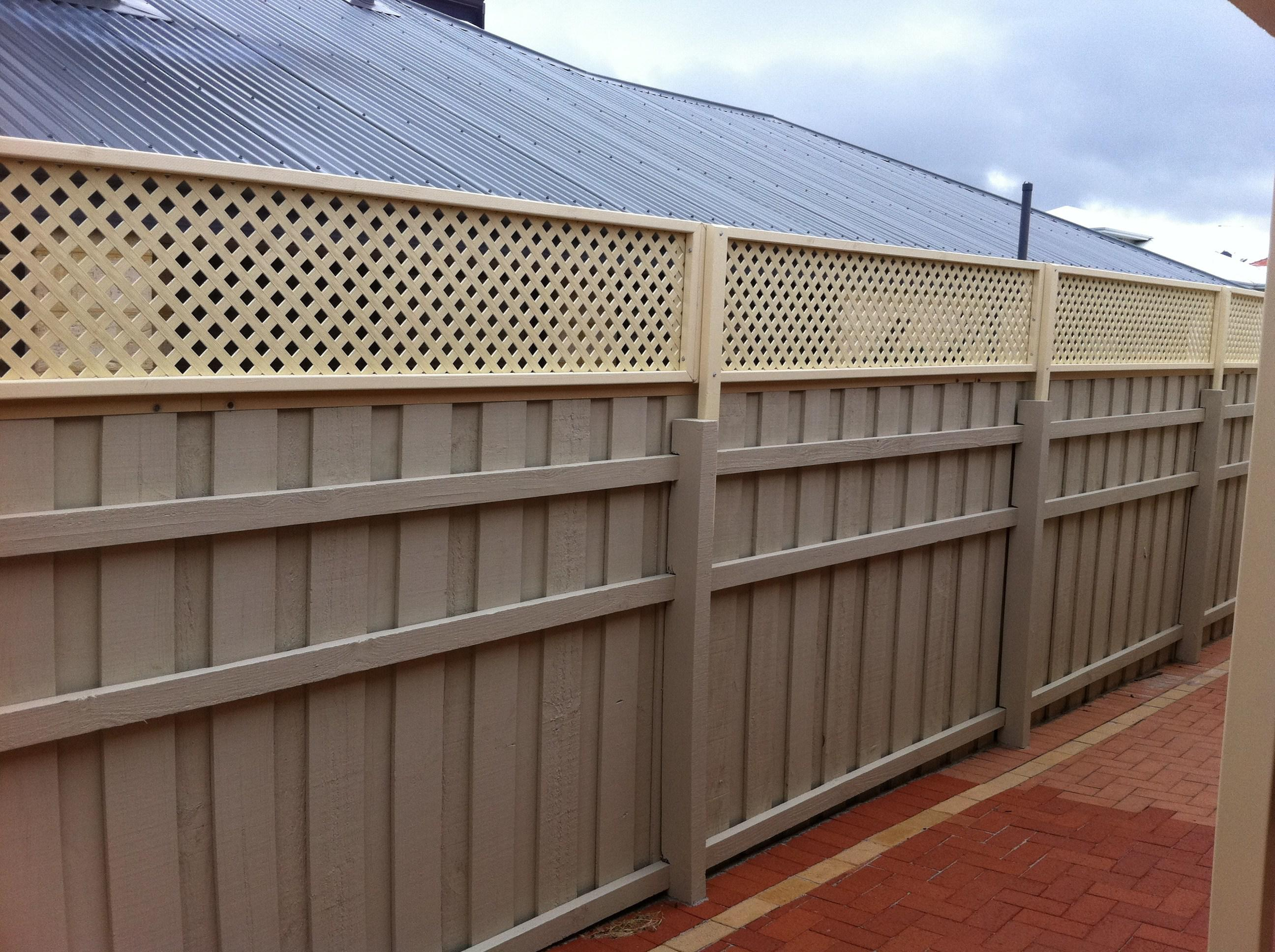 Galvanised Fence Posts Bunnings Fences Design in sizing 2592 X 1936