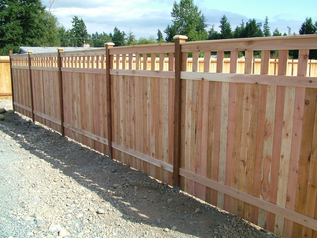 Inexpensive Alternative Design For Craftsman Style Privacy Fence within proportions 1066 X 800