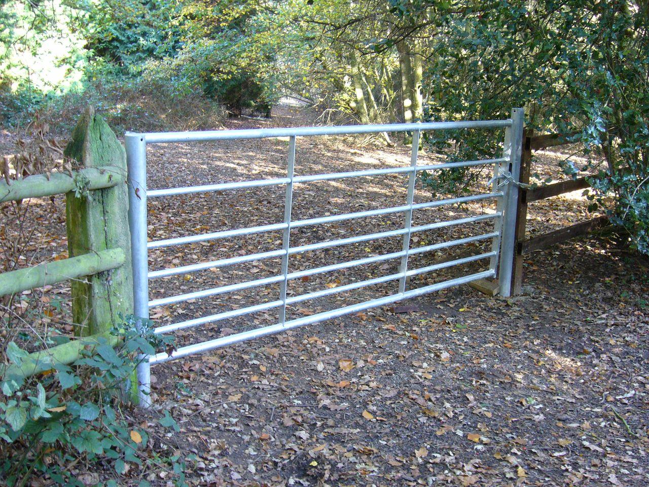 Metal Farm Fence Gates • Fence Ideas Site