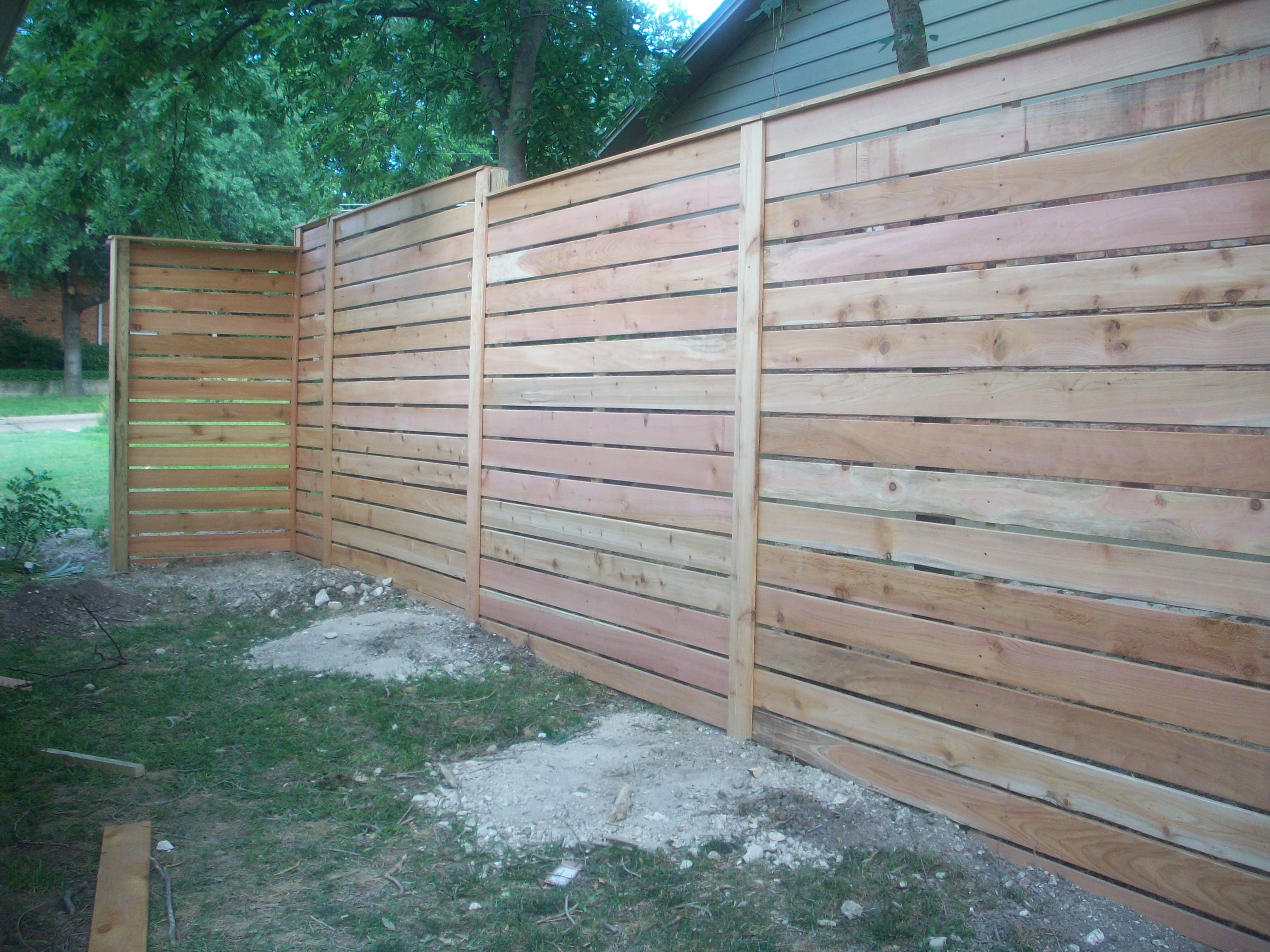 Modern Horizontal Fence The Cavender Diary pertaining to dimensions 3056 X 2292
