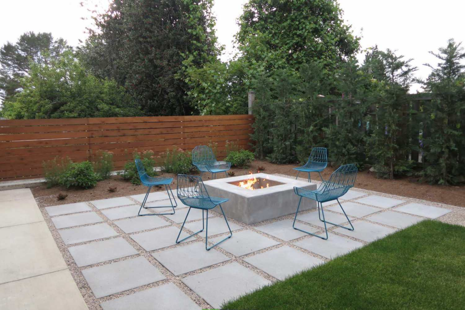 25 Great Patio Paver Design Ideas within size 1500 X 1000