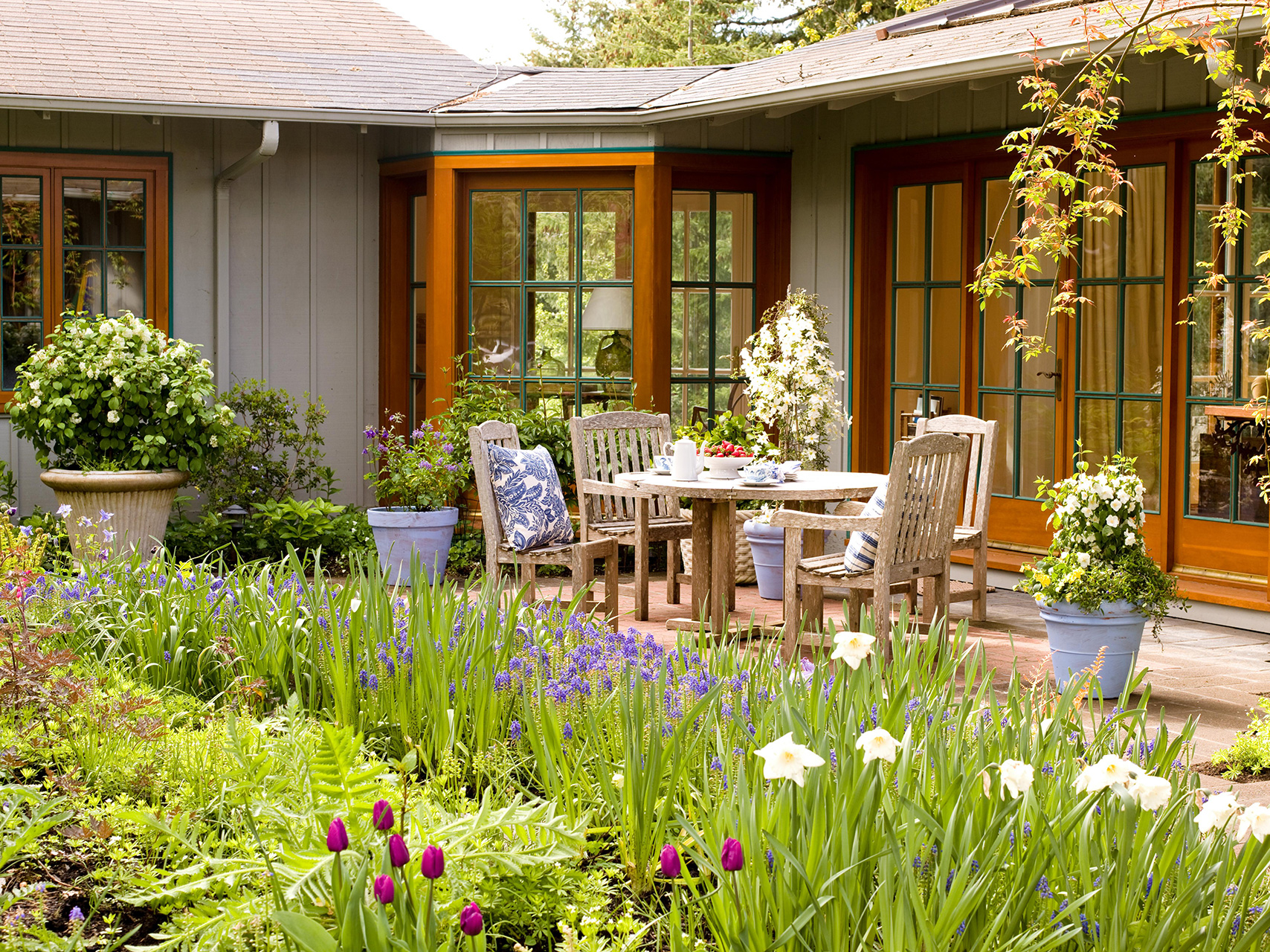 7 Landscaping Ideas For Beginners Better Homes Gardens with measurements 1708 X 1280
