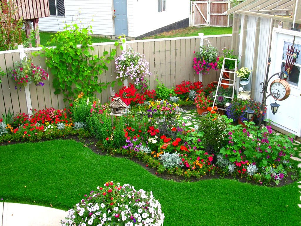 Idea Backyard Flower Garden Smaller Gardens Small pertaining to measurements 1024 X 768