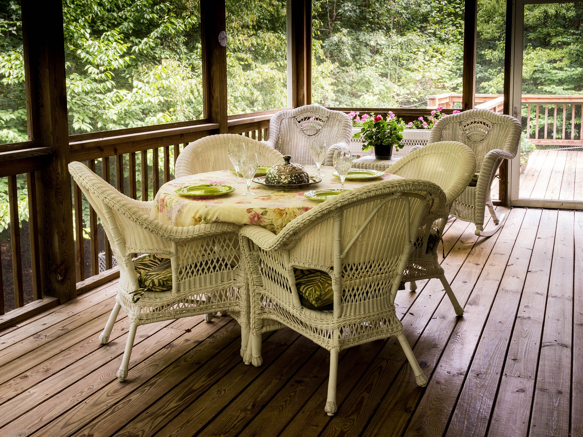 Keeping Your Deck Scratch Free North American Deck And Patio intended for dimensions 1920 X 1440